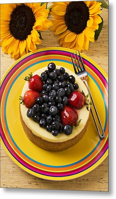 Cheesecake With Fruit Metal Print by Garry Gay