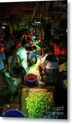 Metal Print featuring the photograph Chennai Flower Market Stalls by Mike Reid