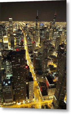 Metal Print featuring the photograph Chicago Is Always Alive by Shawn Everhart