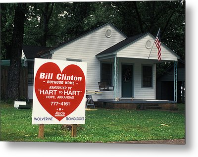 Childhood Home Of Bill Clinton Metal Print by Carl Purcell