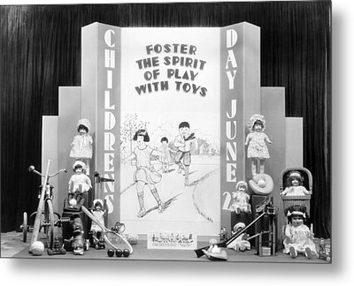Childrens Day Display Metal Print by Underwood Archives