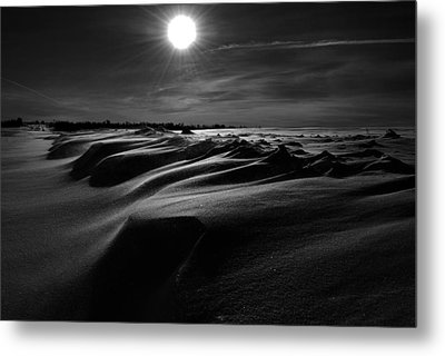 Chills Of Comfort Metal Print by Jerry Cordeiro