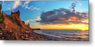 Chimney Bluffs Metal Print