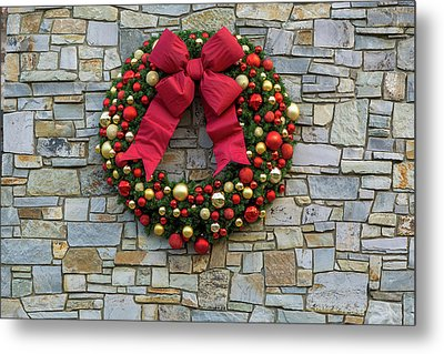 Christmas Holiday Wreath On Stone Wall Metal Print