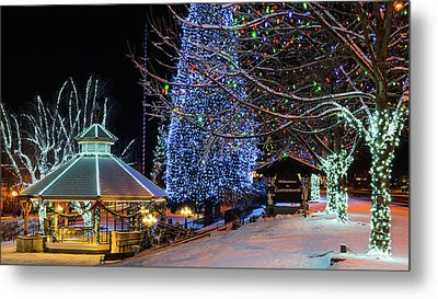 Metal Print featuring the photograph Christmas In Leavenworth by Dan Mihai