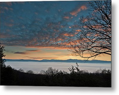 Metal Print featuring the photograph Christmas Morning Sunrise 2016 by Lara Ellis