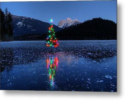 Christmas Spirit On Bull Lake Metal Print