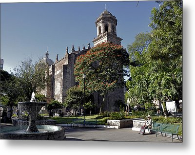 Church And Fountain Guadalajara Metal Print by Jim Walls PhotoArtist
