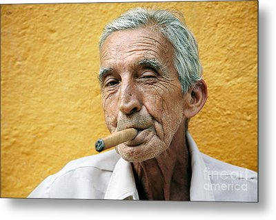Cigar Smoking - Trinidad - Cuba Metal Print by Rod McLean