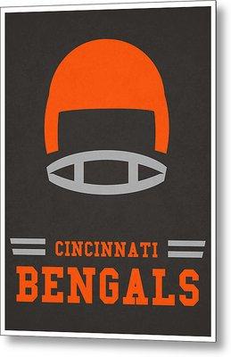 Cincinnati Bengals Vintage Art Metal Print