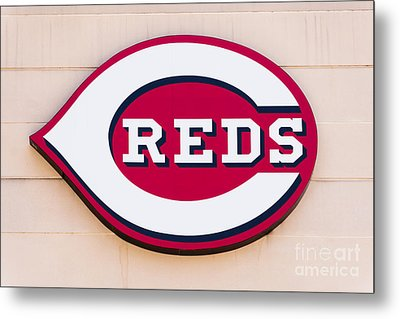 Cincinnati Reds Logo Sign Metal Print by Paul Velgos