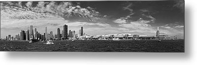 City - Chicago Il -  Chicago Skyline And The Navy Pier - Bw Metal Print