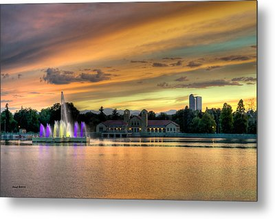 City Park Fountain At Sunset Metal Print
