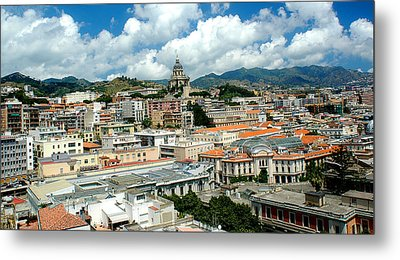 Cityscape Town Of Messina Sicily Italy Metal Print by M Morina A Gurmankin