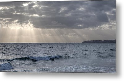 Clearing Skies Over Pacific Ocean Metal Print by Cliff Wassmann