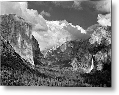 Clearing Skies Yosemite Valley Metal Print