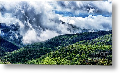 Metal Print featuring the photograph Clearing Storm Highland Scenic Highway by Thomas R Fletcher