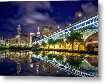 Metal Print featuring the photograph Cleveland Skyline 4 by Emmanuel Panagiotakis