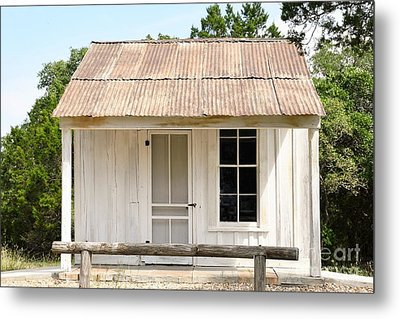 Metal Print featuring the photograph Clint's Cabin - Texas - Close-up by Ray Shrewsberry