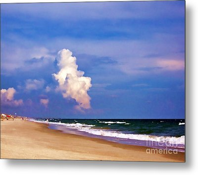 Metal Print featuring the photograph Cloud Approaching by Roberta Byram