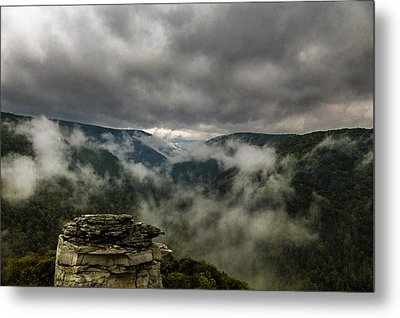 Clouds Rising At Lindy Point Metal Print