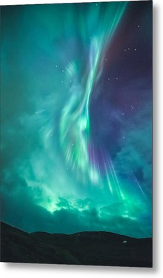 Clouds Vs Aurorae Metal Print