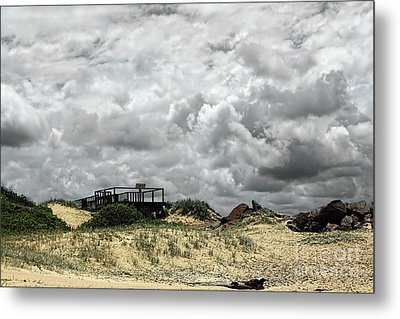 Metal Print featuring the photograph Cloudy Beach By Kaye Menner by Kaye Menner