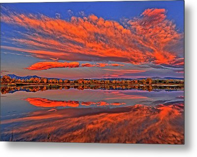 Metal Print featuring the photograph Colorful Fall Morning by Scott Mahon