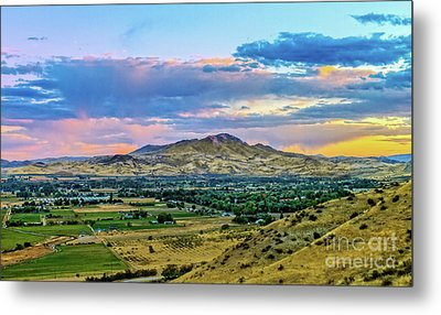 Colorful Valley Metal Print by Robert Bales