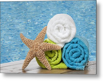 Colourful Towels Metal Print by Amanda Elwell