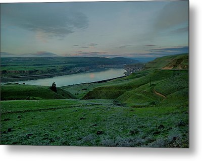Metal Print featuring the photograph Columbia Gorge In Early Spring by Jeff Swan