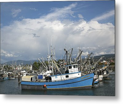 Metal Print featuring the photograph Commerical Fishing Boats by Elvira Butler