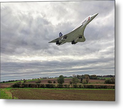 Concorde - High Speed Pass Metal Print by Paul Gulliver