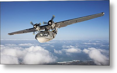 Consolidated Pby Catalina Metal Print by Larry McManus