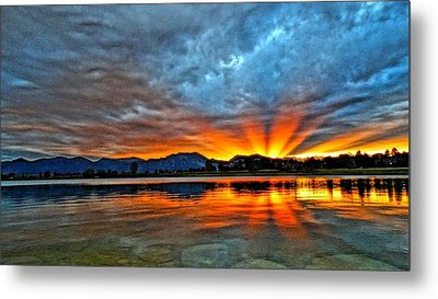 Metal Print featuring the photograph Cool Nightfall by Eric Dee