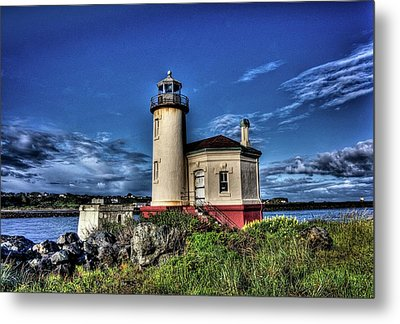 Metal Print featuring the photograph Coquille River Lighthouse by Thom Zehrfeld