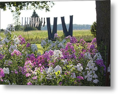 Country Laundry Metal Print by Lauri Novak