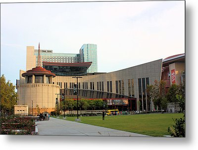 Country Music Hall Of Fame Metal Print