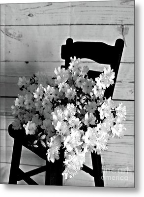 Country Porch In B And W Metal Print by Sherry Hallemeier