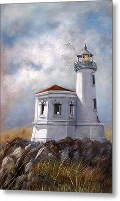 Couquille River Lighthouse  Bandon Ore. Metal Print by Lynne Parker