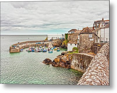 Coverack Harbour Metal Print