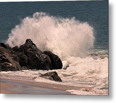 Metal Print featuring the photograph Crashing by Ron Dubin