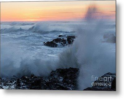 Crashing Waves Metal Print by Masako Metz