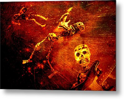 Metal Print featuring the photograph Crescendo by Jeff Gettis
