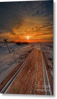 Crossing Dawn Metal Print by Ian McGregor