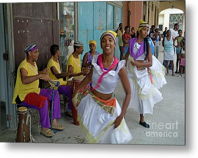 Cuban Band Los 4 Vientos And Dancers Entertaining People In The Street In Havana Metal Print by Sami Sarkis