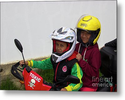 Metal Print featuring the photograph Cuenca Kids 889 by Al Bourassa