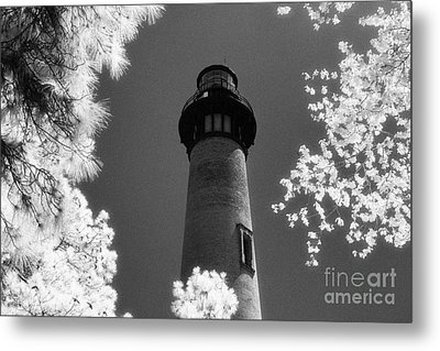 Currituck Beach Lighthouse Metal Print by Jeff Holbrook