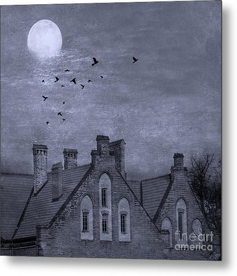 Metal Print featuring the photograph Curse Of Manor House by Juli Scalzi