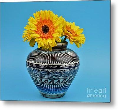Daisies Displayed In Navajo Native American Vase Metal Print